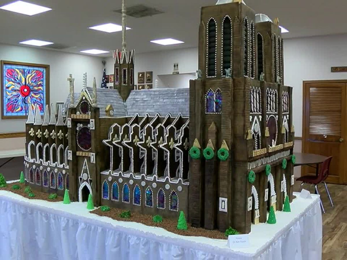 Church makes 7-foot Notre Dame replica with gingerbread