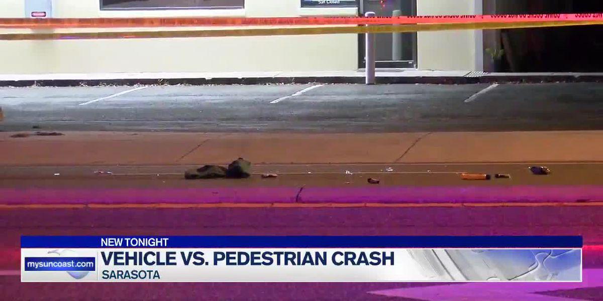 Pedestrian dies after being hit by car in Sarasota