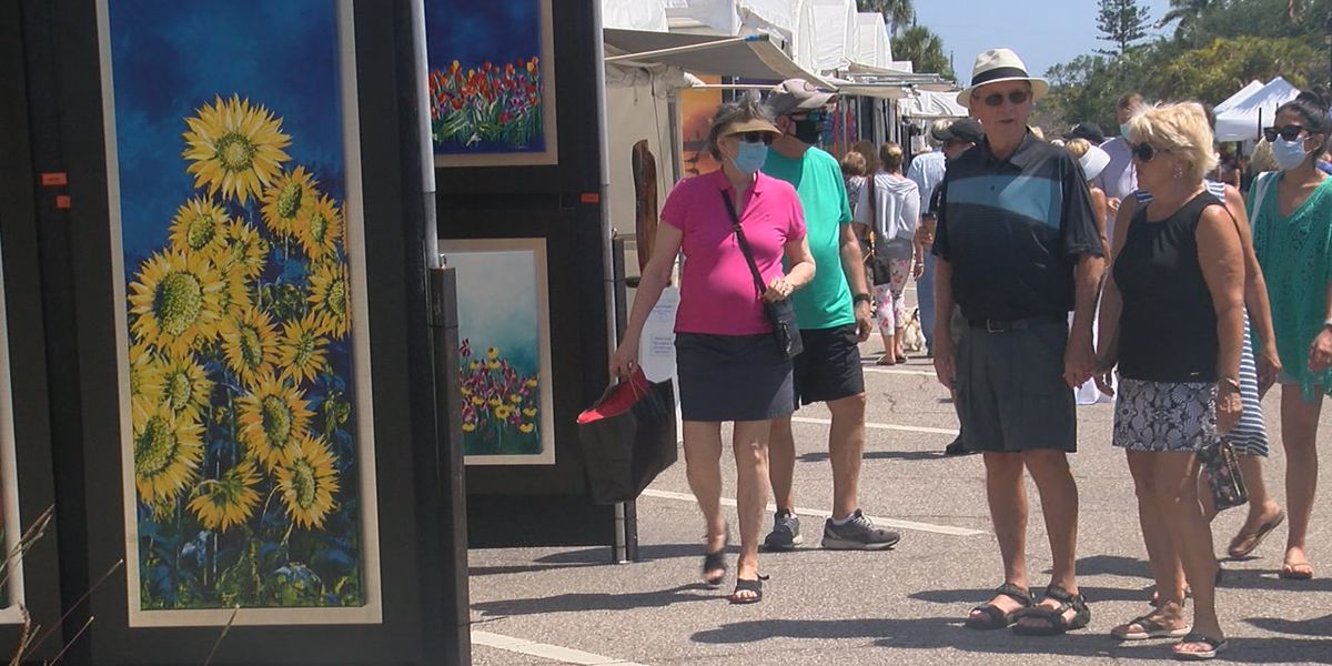 People enjoying 18th Annual St. Armands Circle Art Festival this weekend