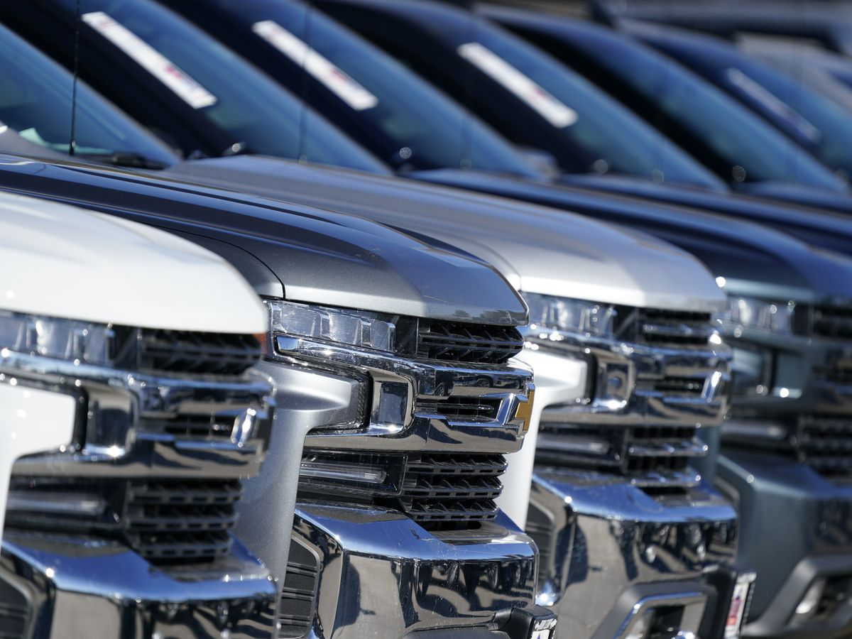 US investigating possible air bag failures in GM vehicles