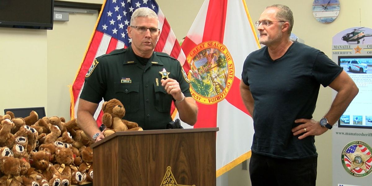 Deputies receive hundreds of teddy bears to help kids in distress