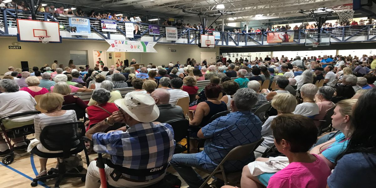 More than a thousand people attend meeting to try and save Sarasota YMCAs