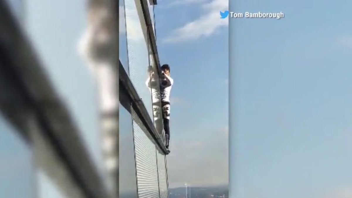 French 'Spider-Man' Alain Robert scales London's Heron Tower