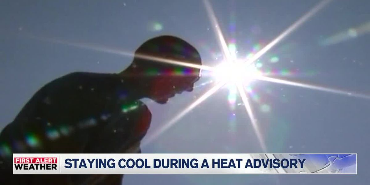 Outdoor workers keep cool during high temperatures