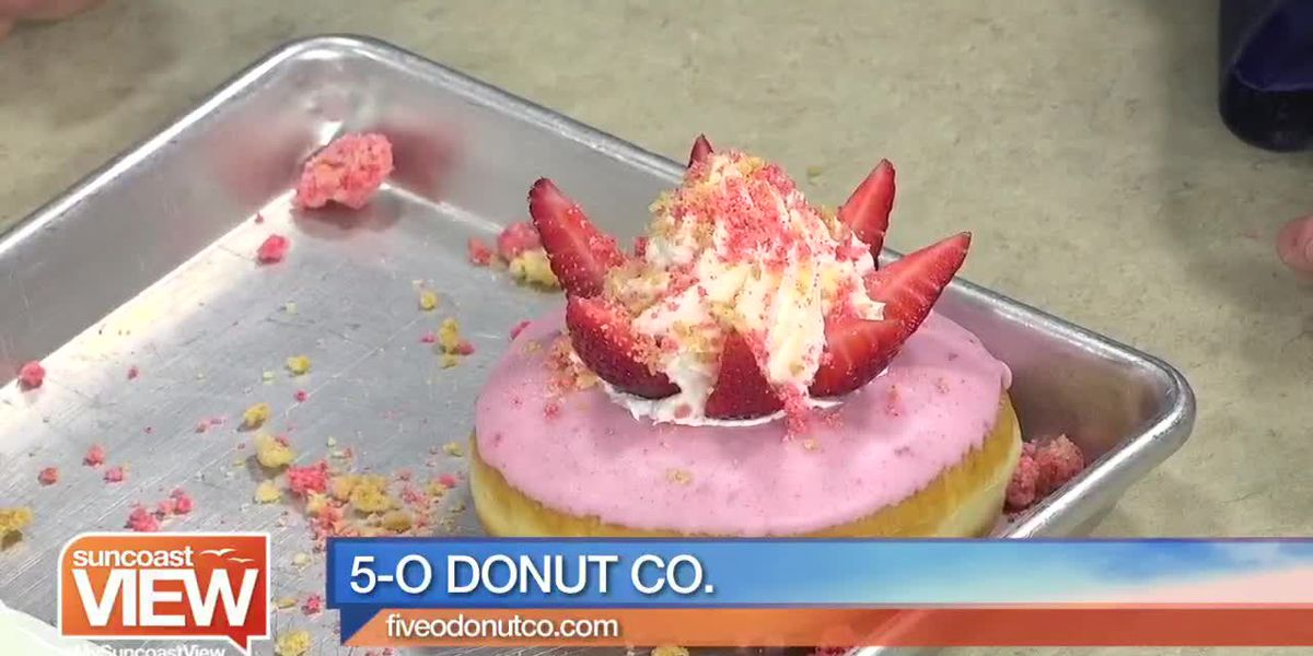 We Decorate Strawberry Shortcake Donuts with 5-O Donut Co.! | Suncoast View