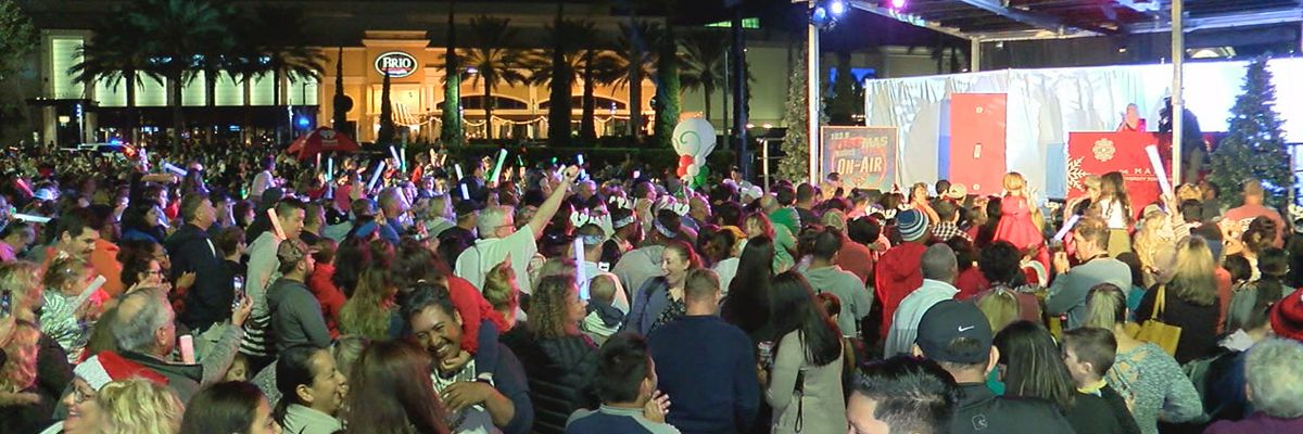 The Mall at UTC officially kicks off the holidays with huge event