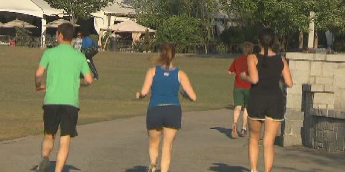 How to stay safe when working out in the heat