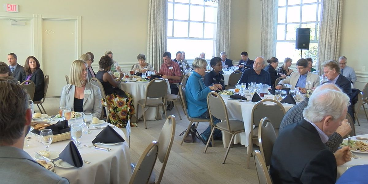 Luncheon reveals divide between Manatee County teachers and leadership