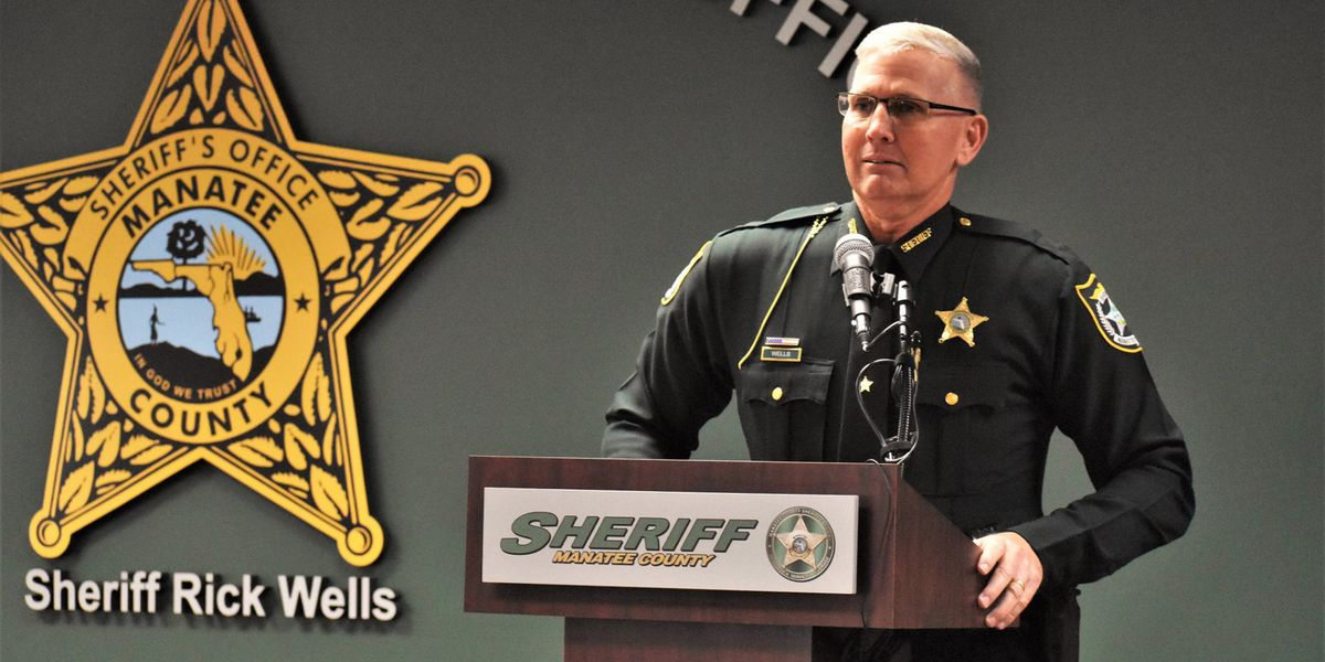 Manatee County Sheriff Rick Wells sworn in for another term