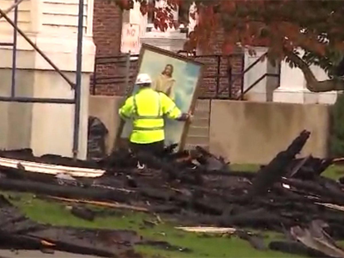 Painting of Jesus survives massive church fire unscathed