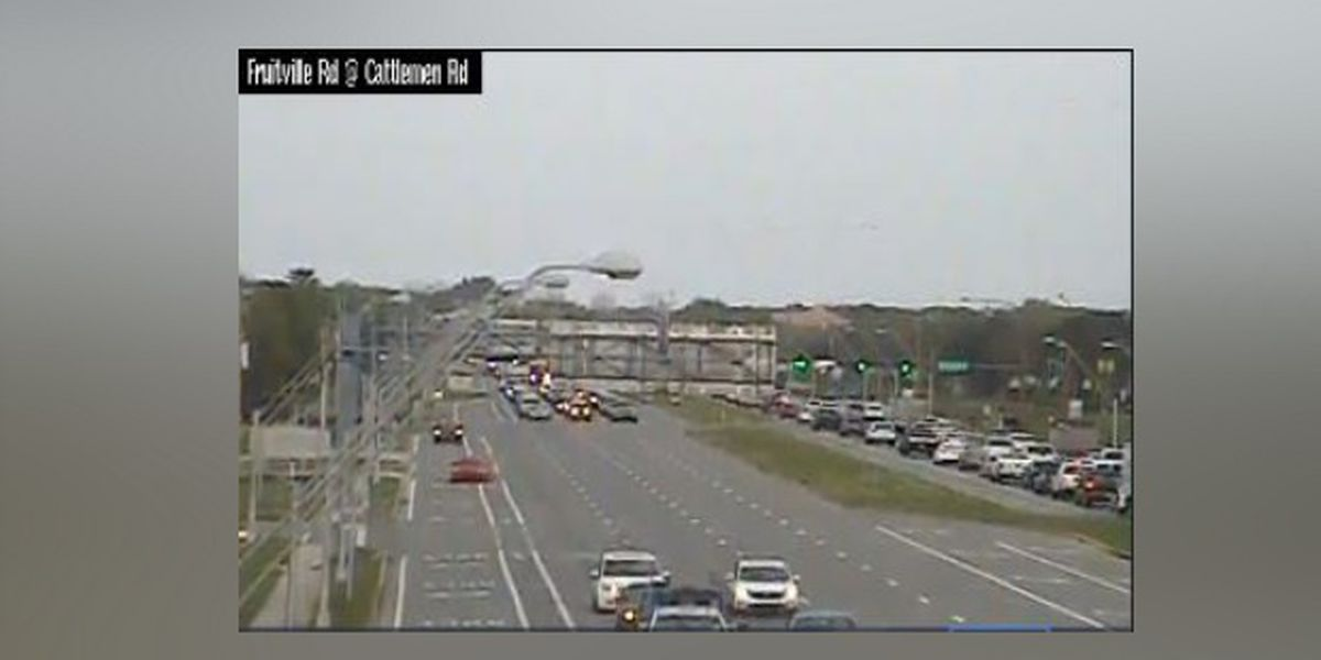 INCIDENT CLEARED: Lanes cleared on Fruitville Road at I-75 in Sarasota