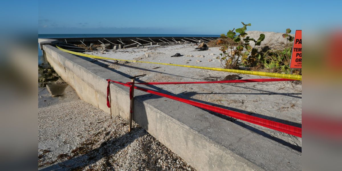 Town of Longboat Key asking citizens to use caution when walking in area eroded by Tropical Storm Eta