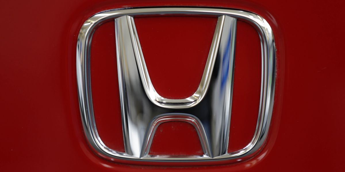 US opens probe of steering problems in Honda Accord sedans