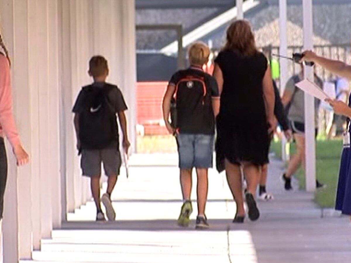 School districts on the Suncoast continuing emergency paid COVID leave for employees, to a degree
