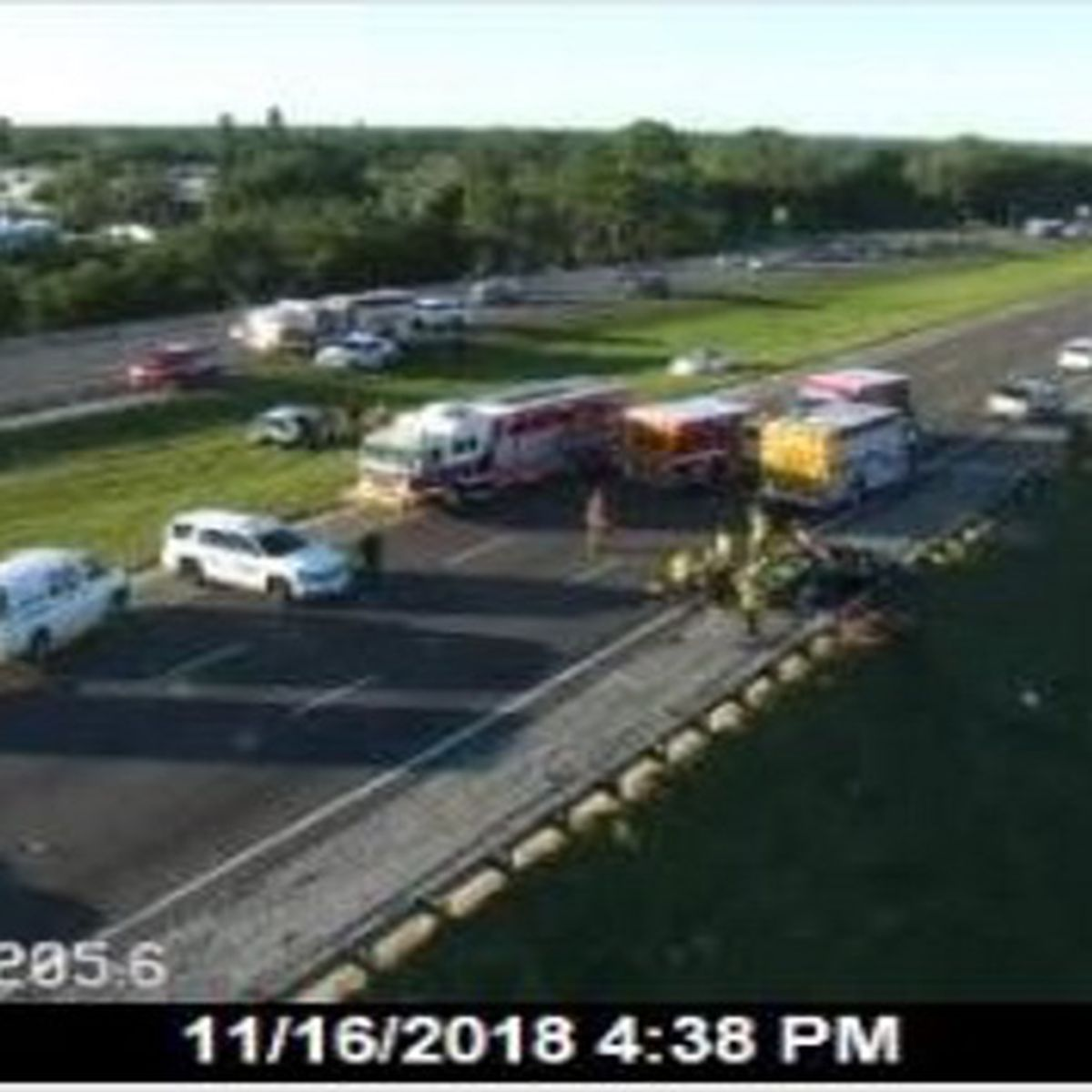 First Alert Traffic: Two confirmed dead in I-75 accident