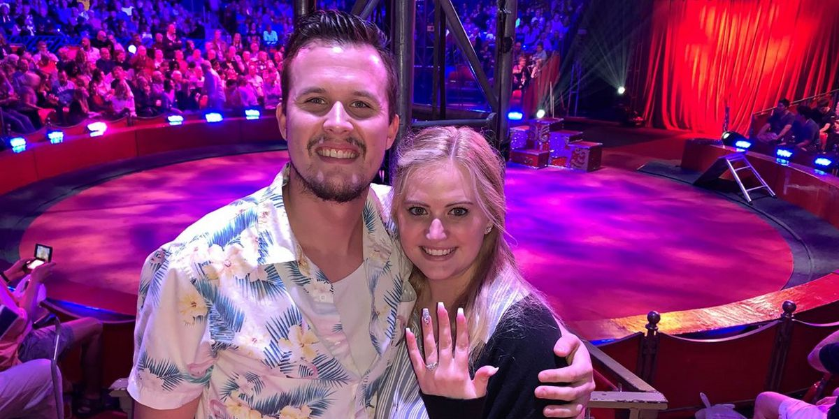 Florida couple gets engaged at Circus Sarasota