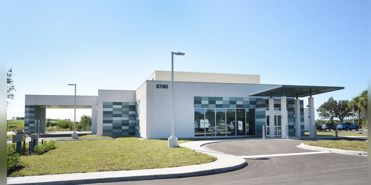 Lakewood Ranch Medical Center opens new free-standing emergency department