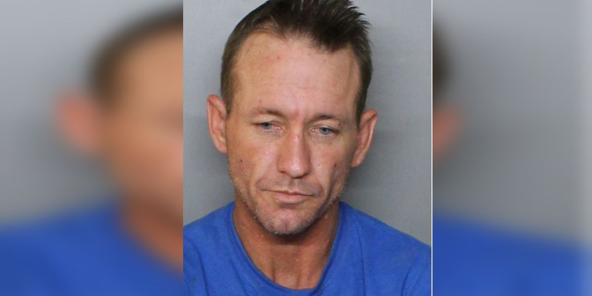Deputies looking for man who tried to drown K9 officer