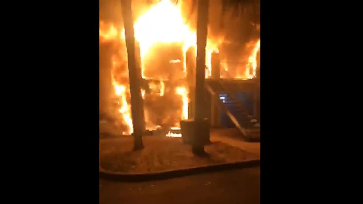 Two-alarm fire at Bradenton apartment building leaves 21 adults, children homeless