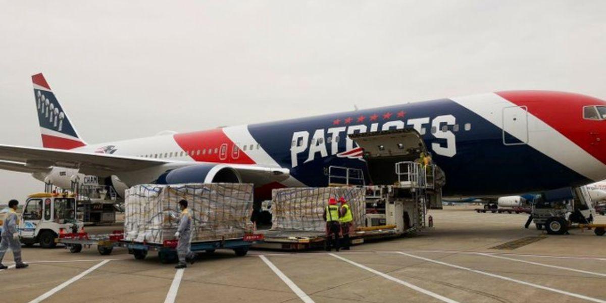 Patriots owner Robert Kraft helps Mass. receive N95 masks with team plane