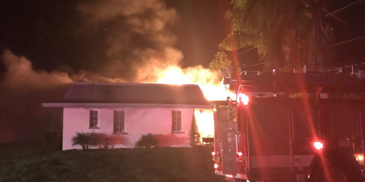 West Bradenton family says 'it's a miracle' they were unharmed in house fire