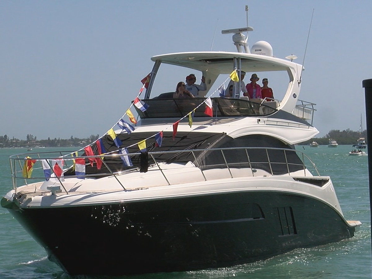 """Sarasota Yacht Club continues long tradition of """"Blessing of the Fleet"""""""