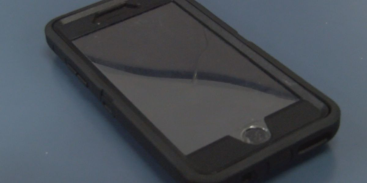 Phone scammers posing as law enforcement, sheriff warns