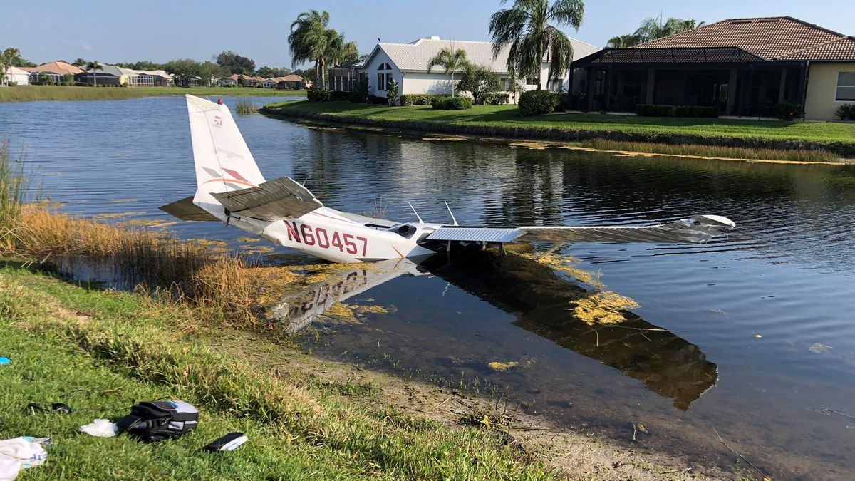 Plane crashes into pond in Venice neighborhood, one person taken to the hospital