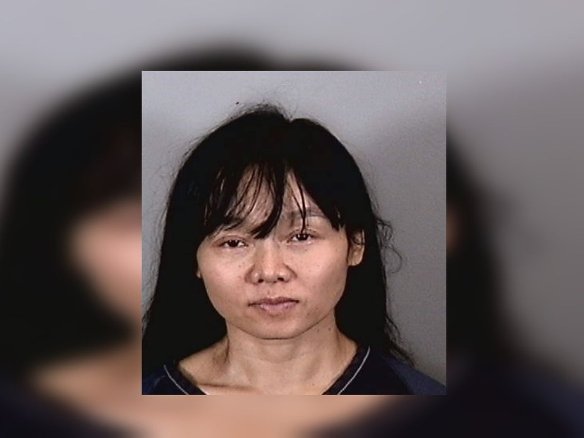 Police: Woman arrested for slashing man with knife