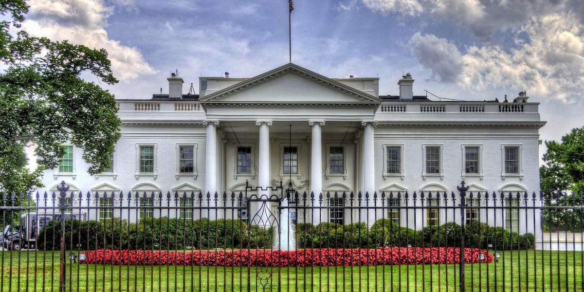 LIVE: White House COVID task force briefing