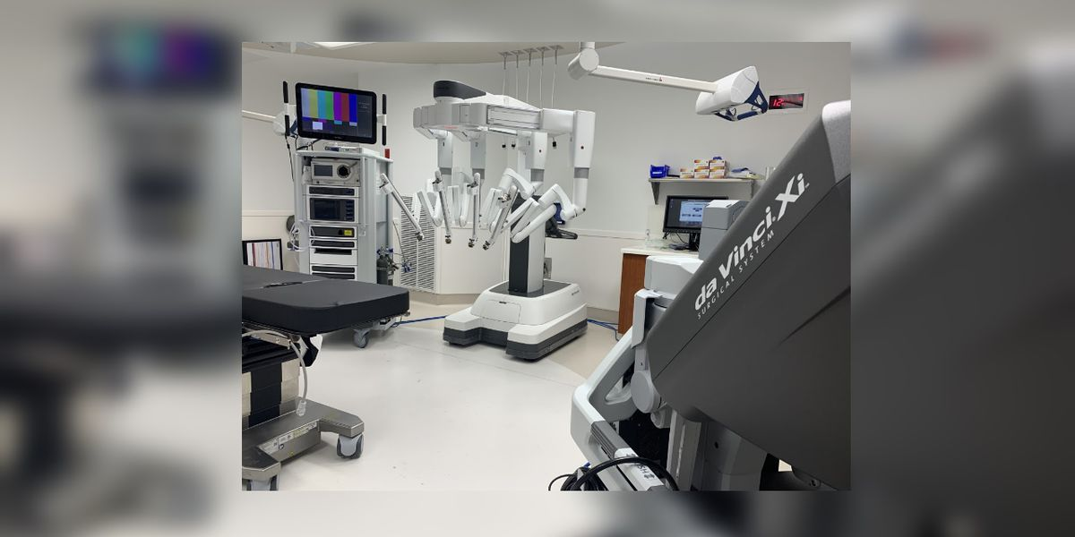 New surgical robot arrives at Doctors Hospital of Sarasota this week