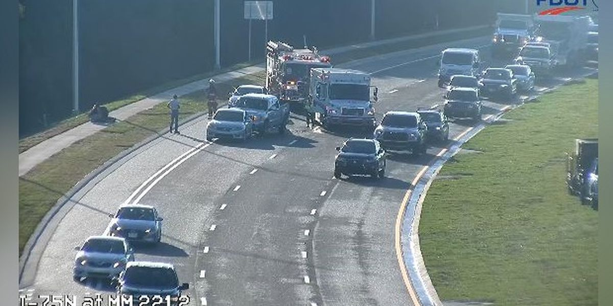 Crash cleared on SR64, east of I-75, in Manatee County