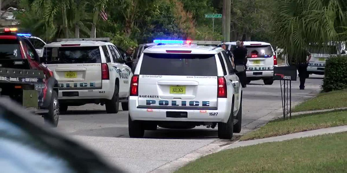 Police: Driver refuses to stop, leads officers on high speed chase through Sarasota