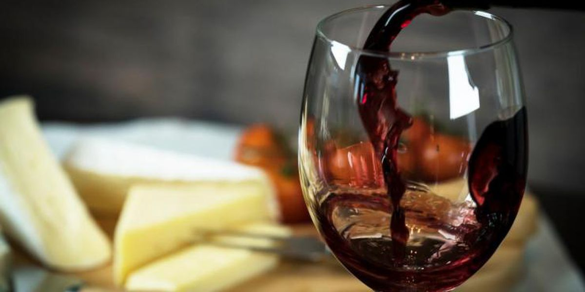 City of Sarasota stops restaurants from selling beer, wine or alcohol after 9pm