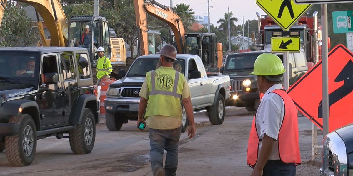 Sewer construction project on Bradenton Beach causing major traffic headaches