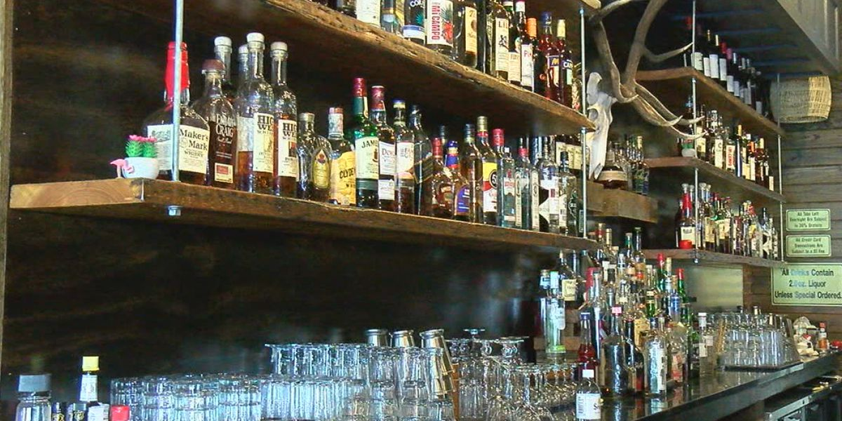 Florida bars cook up ways to re-open