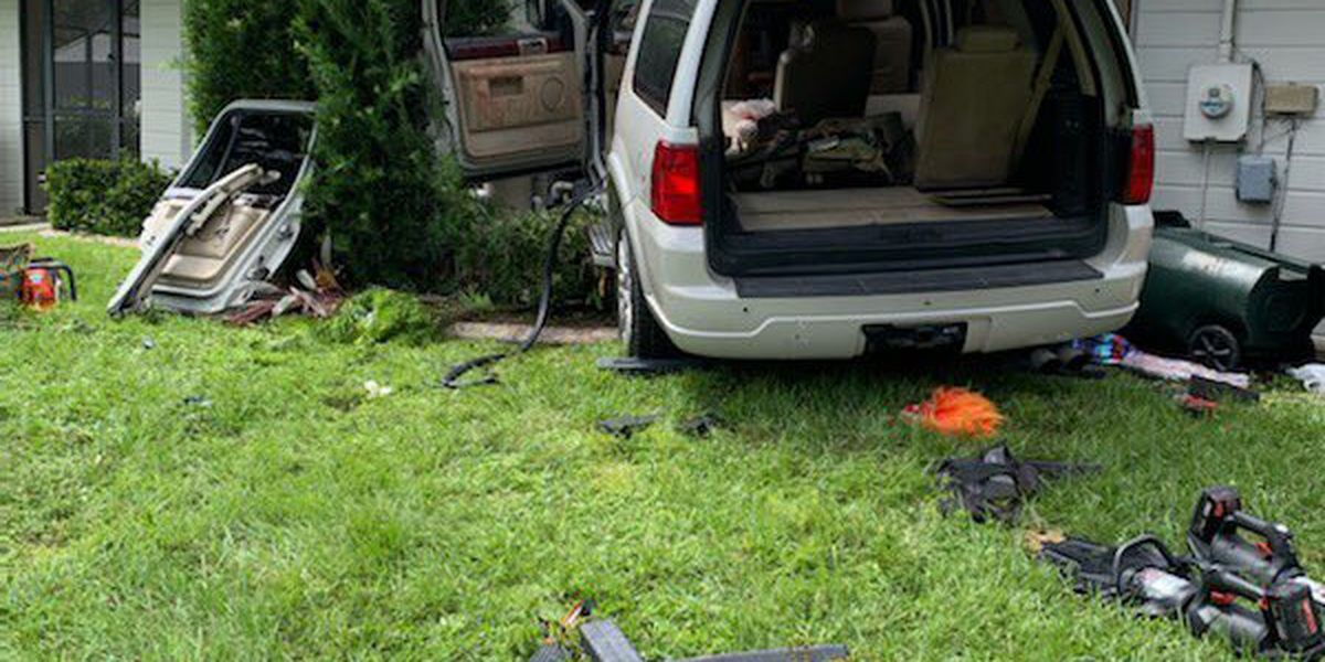 Car crashes into home in North Port