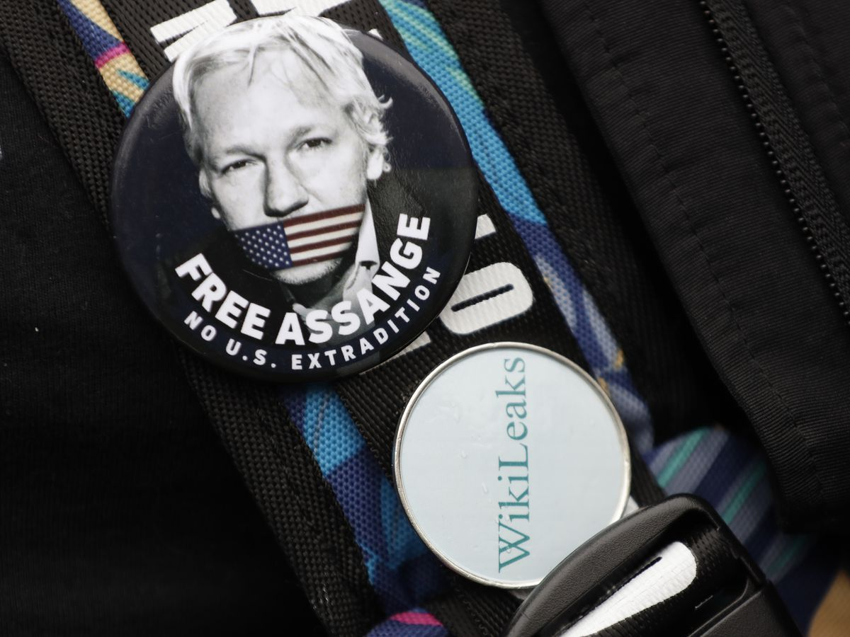 Lawyer: Assange was offered US pardon if he cleared Russia