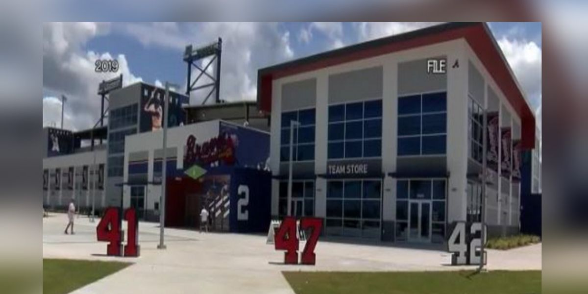 Venice and North Port High School planning to hold in-person graduation ceremonies