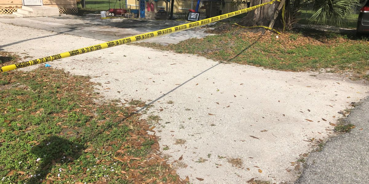 2-year-old dies after incident in Fort Myers driveway