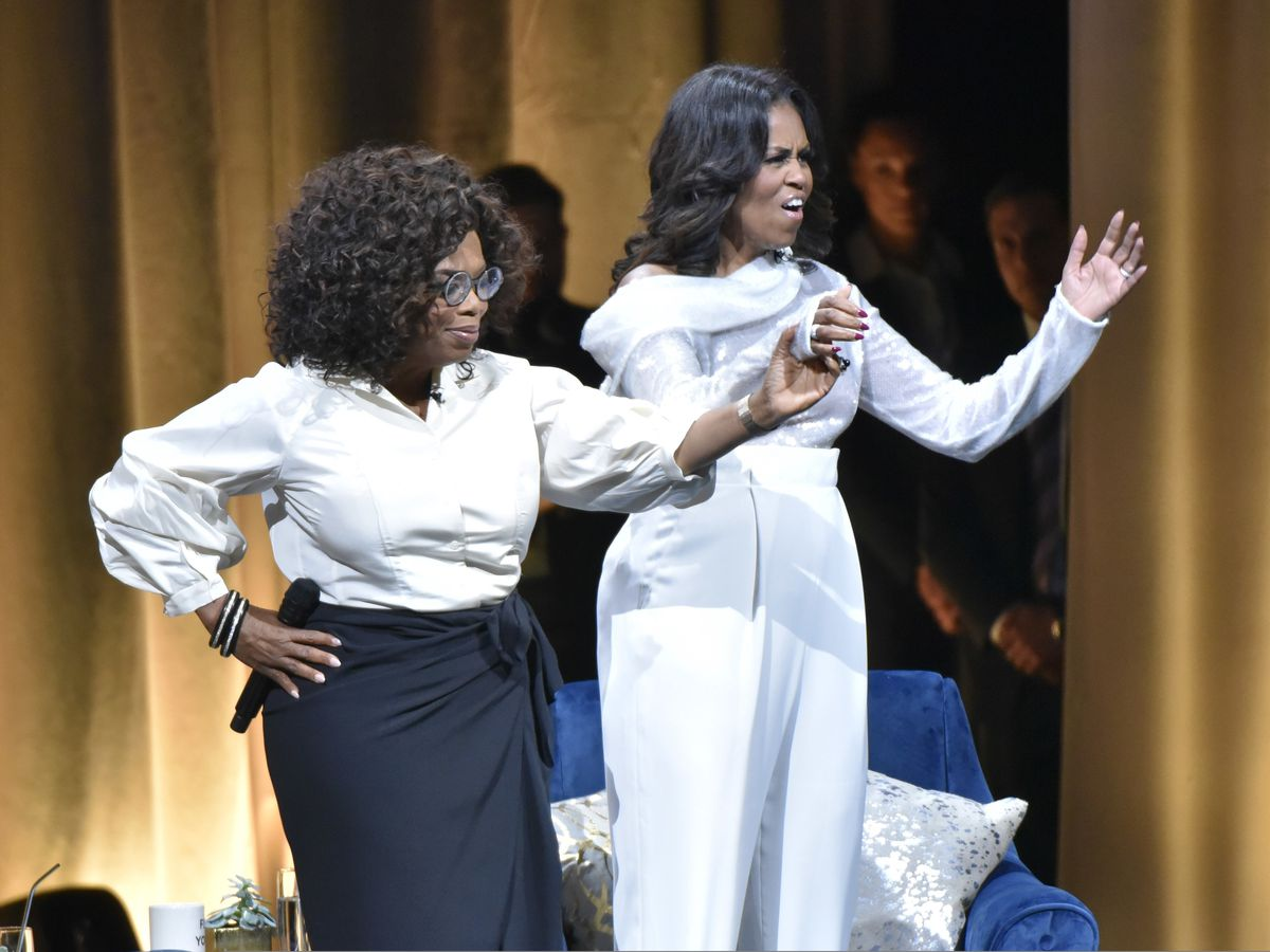 Michelle Obama begins arena tour in talk with Oprah