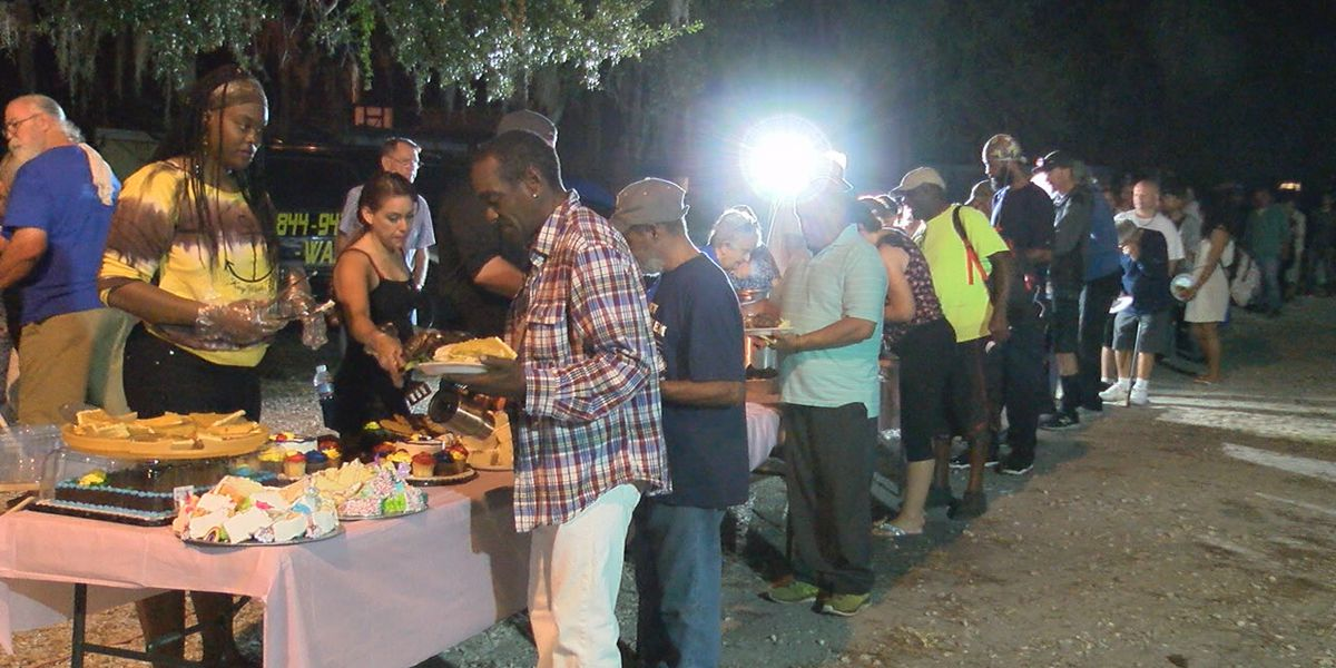 Freedom Gathering in Bradenton providing meals to those in need on Thanksgiving and throughout the year