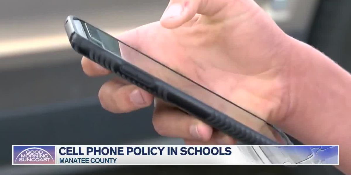 Manatee County Schools get ready for new school year reminding parents about cell phone policies