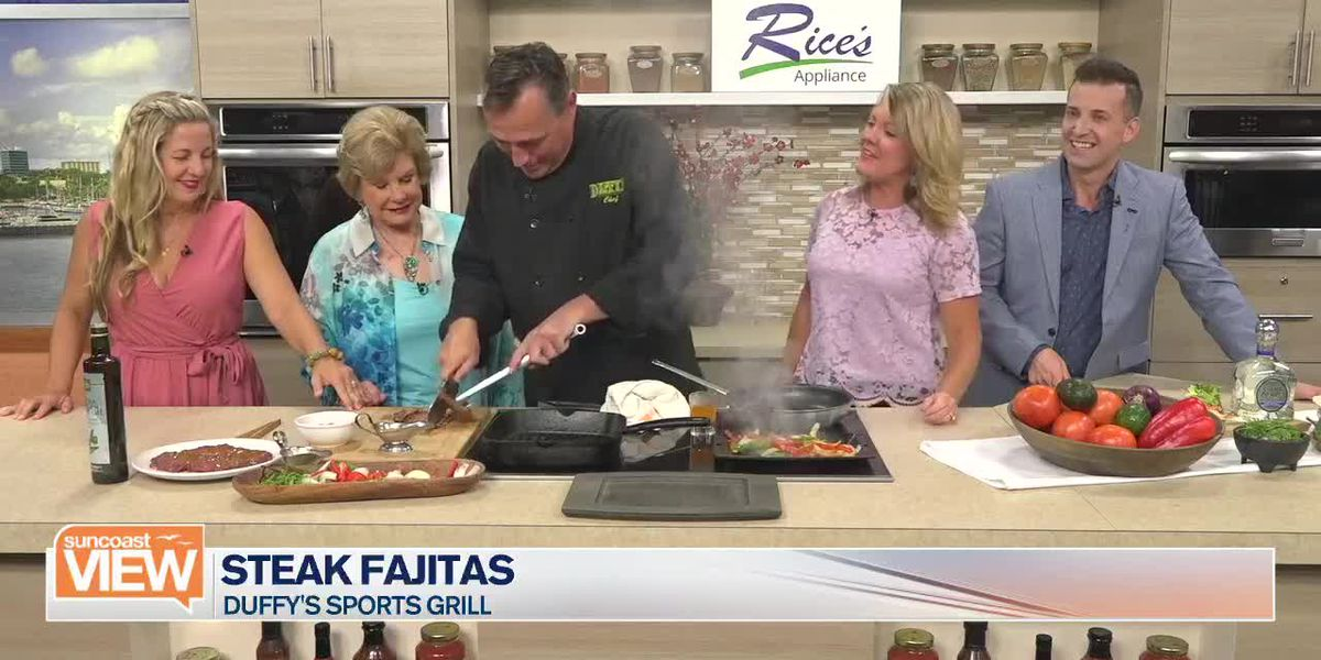 Duffy's Sports Grill Makes Steak Fajitas in Our Kitchen | Suncoast View