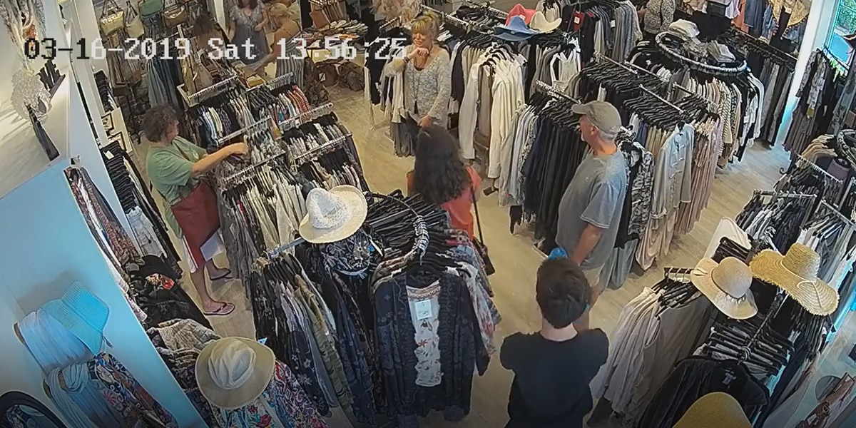 Downtown Venice Store Catches Multiple Shoplifters on Camera, Posting Them to Social Media for Public's Help