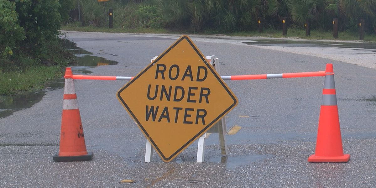 Saturday's storm causes some headaches on the Suncoast