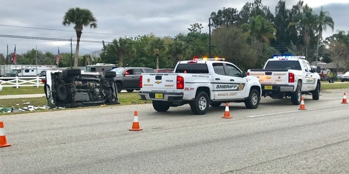 VIDEO: Long-time bus driver for Sarasota Schools dies in rollover crash on US 41