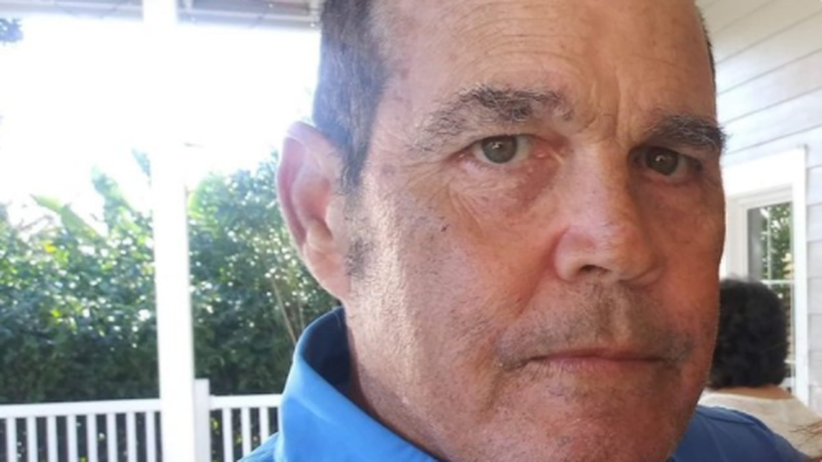 Manatee deputies looking for a missing and endangered person