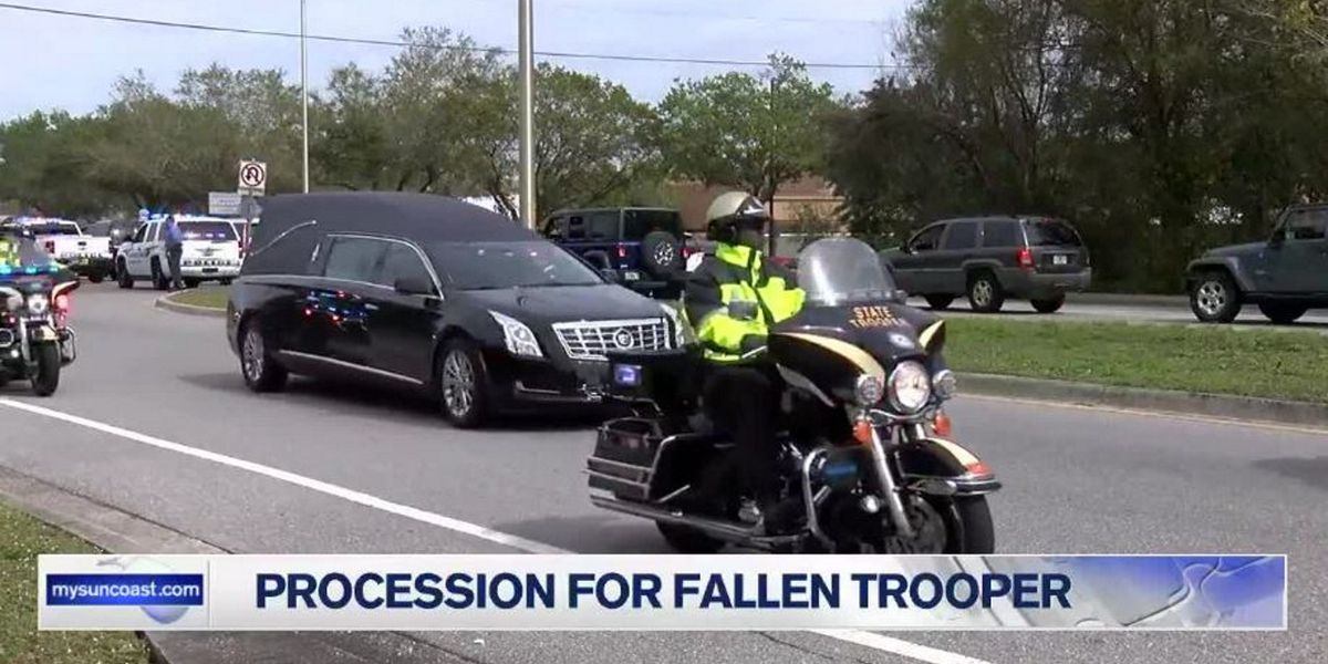 Procession brings body of Florida trooper killed in the line of duty to Sarasota