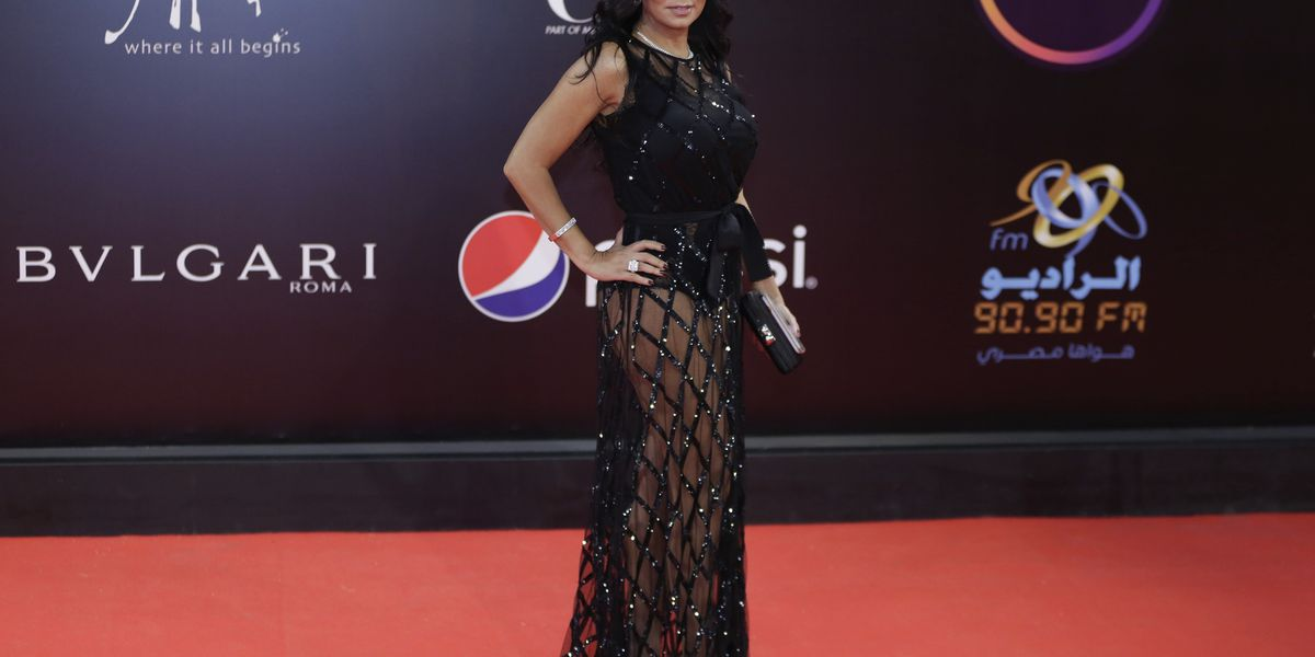 Egyptian actress questioned over revealing dress at gala